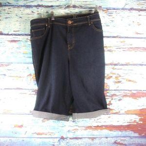 Style&CO.Denim Women Skimmer Carpi Jean